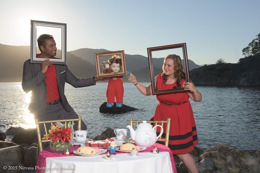 Jenn and Darryl Alice in Wonderland inspired engagement shoot with floating frames